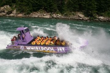 Tocht in open jetboot bij Niagara Falls
