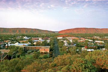 Alice Springs til Uluru (Ayers Rock) enkeltbillet med bus