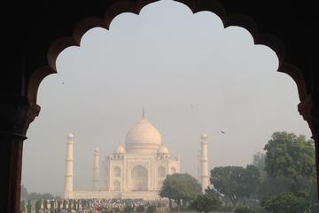 Private Tour : Tajmahal and Agra Fort Day Trip From New Delhi
