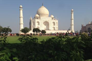 Private Transfer from Jaipur to Delhi Inlcuding Tajmahal Visit