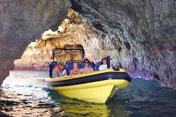 Cruise langs grotten met dolfijnen spotten vanaf Albufeira