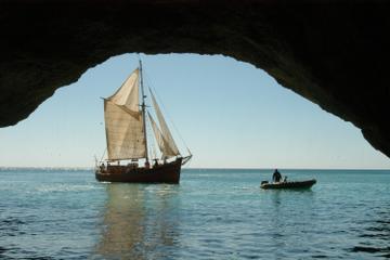 """Cruzeiro no navio do pirata """"Leaozinho"""" de Albufeira"""