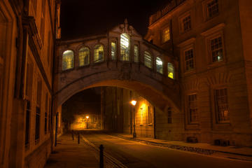 Oxford Pub and City Evening Walking...