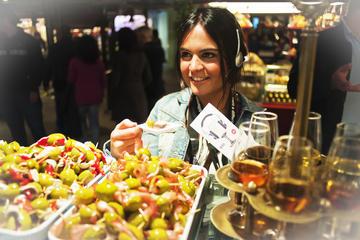 Mercado de San Miguel: Recorrido de degustación de jerez y tapas en...
