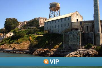 Viator VIP: Tidig åtkomst till Alcatraz och exklusiv sightseeingtur ...