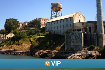 Viator VIP: vroege toegang tot Alcatraz en exclusieve sightseeingtour ...
