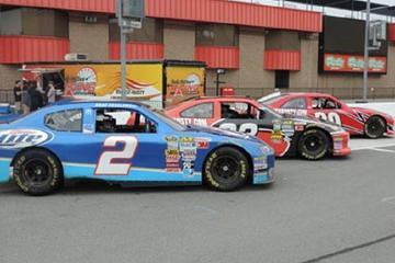 Raceway Driving Experience at Memphis International Raceway