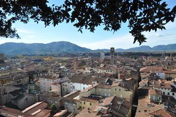 Lucca and Pisa Private Shore Excursion from La Spezia