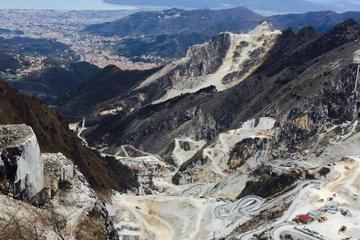 Private Shore Excursion of Pietrasanta and Carrara Marble Quarries