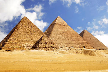 Memphis Sakkara and Giza Pyramids day tour