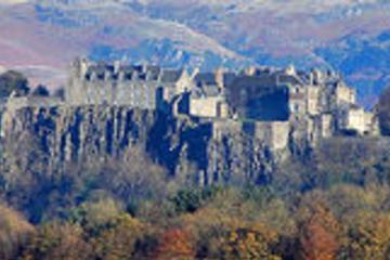 Dagtrip met kleine groep naar Stirling Castle en Loch Lomond vanuit ...