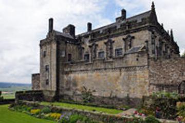 Stirling Castle, Loch Lomond und Whiskydistillerien...