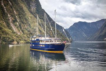 Cruise met overnachting over Doubtful ...