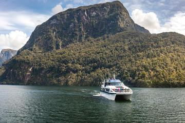 Te Anau Supersparpaket: Bootstour auf...
