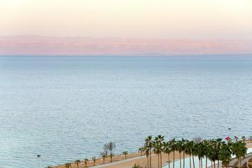 Excursión de 2 noches por su cuenta al mar Muerto desde Ammán