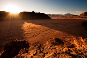 Excursión privada de dos días a Wadi Rum