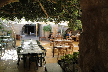 Private Madaba Haret Jdoudna Restaurant Lunch or Dinner from Dead Sea