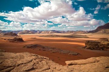 Recorrido privado de 3 noches por Jordania: Petra, Wadi Rum y el mar...