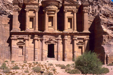 Tour privato di 4 giorni da Amman a
