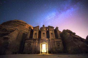 Private Day Trip To Petra And Wadi Rum