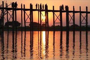 U Bein Bridge Sunset Private Tour...