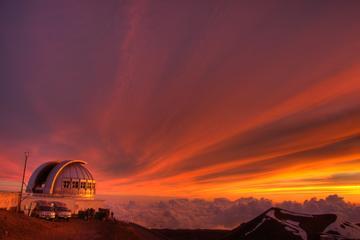 コナとワイコロアから行くマウナケアの山頂と星空