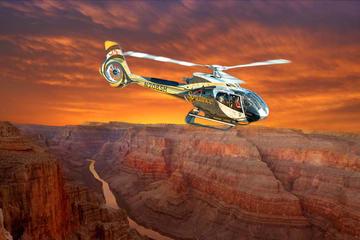 Grand Canyon: survol du plateau ouest en hélicoptère au crépuscule