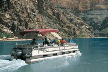 Survol en hélicoptère du Grand Canyon et excursion en bateau sur le...