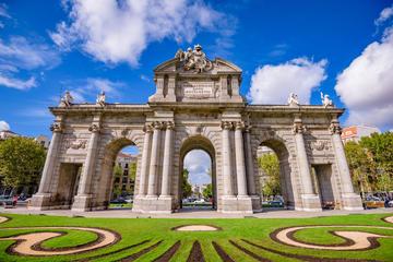 Madrid y Monasterio de El Escorial en un tour turístico de un día de...