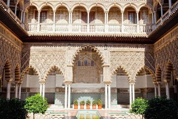Viator Exclusive Tour: Early Access to Alcazar of Seville with...