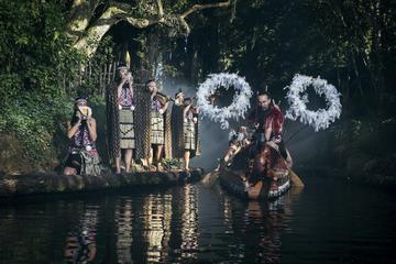 """Maori """"hangi""""-fest med middag og forestilling på Rotorua"""