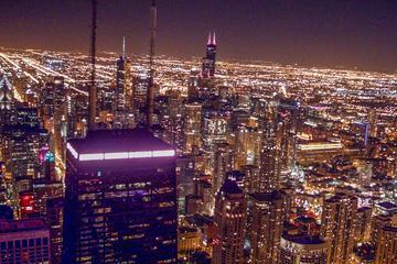 Experiencia nocturna de recorrido en helicóptero en Chicago