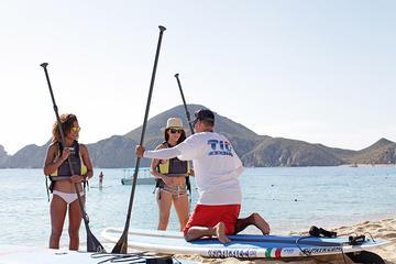 Clase de surf de remo en Cabo San Lucas