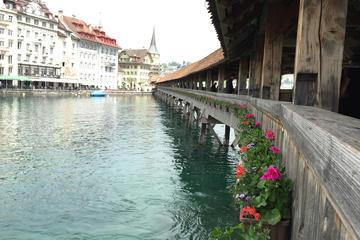 Passeio a pé pela cidade de Lucerna...