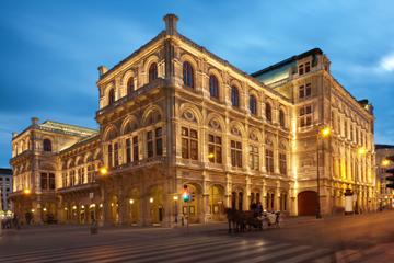 Concienrto de Mozart en la Ópera Estatal de Viena en trajes históricos