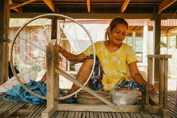 Full day Silk Island and Phnompenh City Tour with lunch and dinner