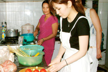 Vietnamese Cooking Class Including Cyclo Pickup in Ho Chi Minh City