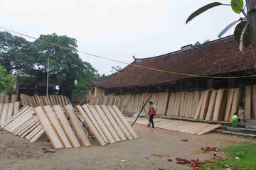Visit rice paper making…