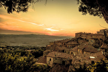 San Gimignano and Volterra Tour by
