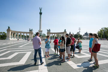 Excursão a pé privada em Budapeste com parada para café