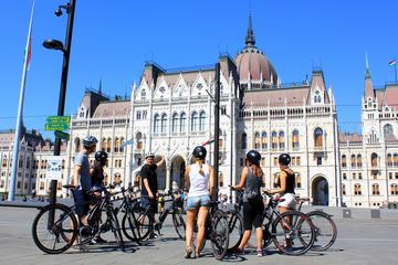 Private Budapest E-Bike Tour with Coffee Stop
