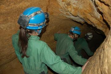 Visite en petit groupe des grottes de Budapest
