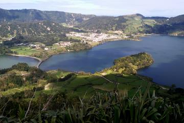 2 Lakes - Sete Cidades Lake and Fire ...