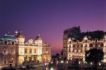 Recorrido privado: Mónaco por la noche en monovolumen