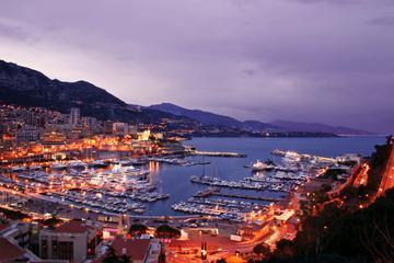 Tour serale per piccoli gruppi con cena a Monte Carlo e partenza da