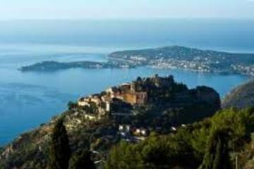 Villefranche Shore Excursion: Private Half-Day Trip to Monte Carlo and Eze