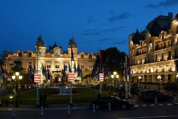 Visita nocturna para grupos pequeños y cena en Montecarlo desde Cannes