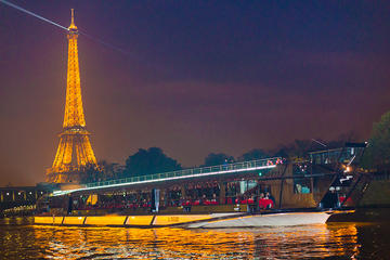Bateaux Mouches New Year's Eve Dinner Cruise and Party
