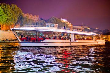 Bateaux Mouches Paris Seine Early Evening Dinner Cruise