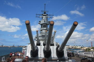 Heldagstur - USS Missouri, Arizona Memorial, Pearl Harbor og Punchbowl